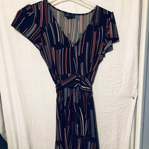 DRESS BY ATTENTION SIZE M